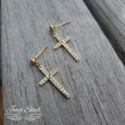 Kolczyki krzyże z cyrkoniami